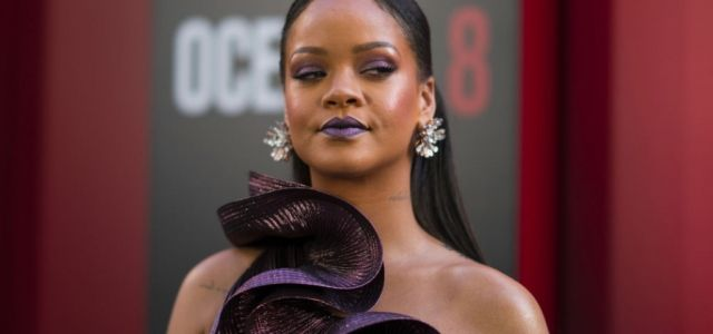 Rihanna Clashes With Her Own Fans