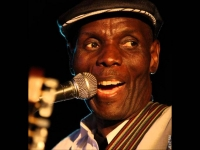 Neria (Solo Acoustic Version) - Oliver Mtukudzi
